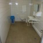 Bild des Innenraums des barrierefreien WCs