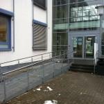 Bild der Rampe zum Eingang